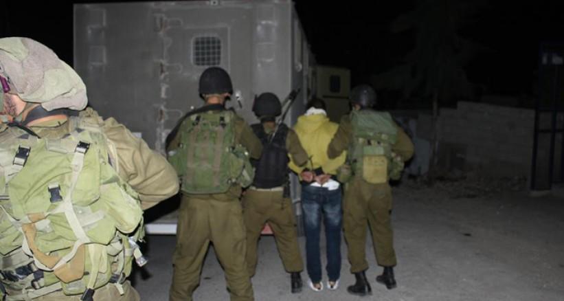 الاحتلال الإسرائيلي يشن حملة اعتقالات بالضفة الغربية