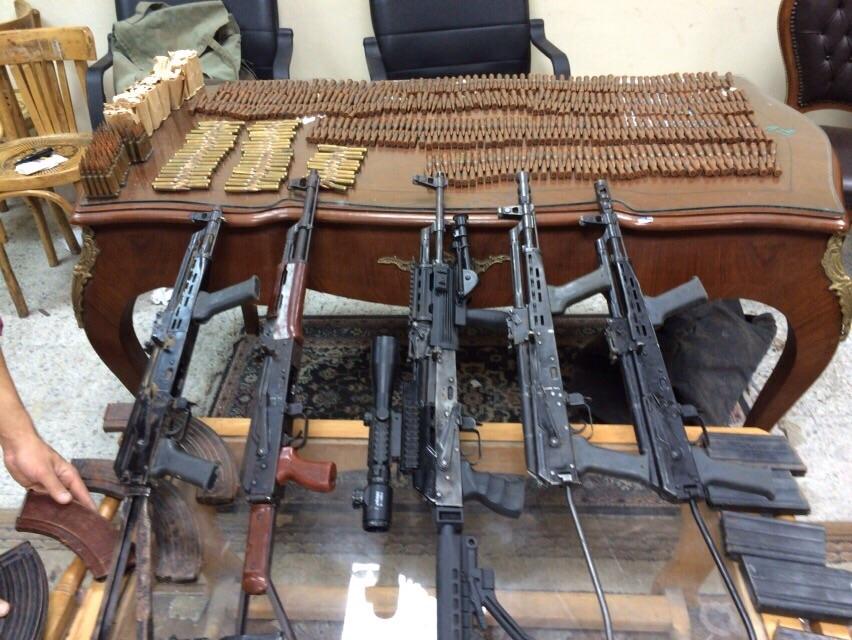 مكافحة المخدرات تضبط 1045 طربة حشيش و13 قطعة سلاح