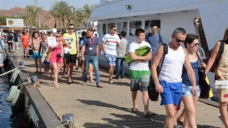 محافظ جنوب سيناء: تسيير رحلات سياحية من موسكو لشرم الشيخ