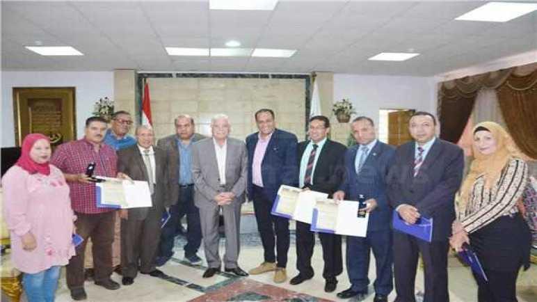 محافظ جنوب سيناء يكرم الإعلاميين والصحفيين ومراسلي الصحف بالمحافظة