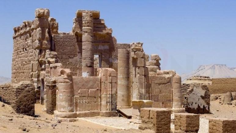 «سرابيط الخادم».. مقصد السياح في جنوب سيناء